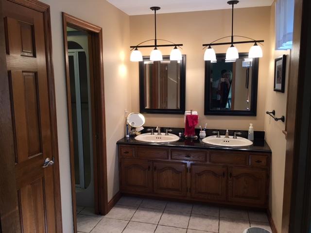 bathroom cabinets before bath remodel